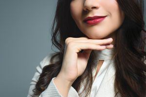 vertical lipstick lines