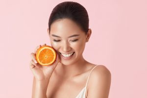 Vitamin C anti-aging skin benefits. What ingredients to look for in your serum. Dr. Aeria Chang, San Diego (619) 280-1609.